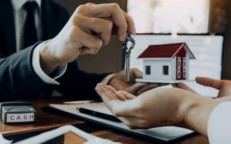 Pháp lý bất động sản